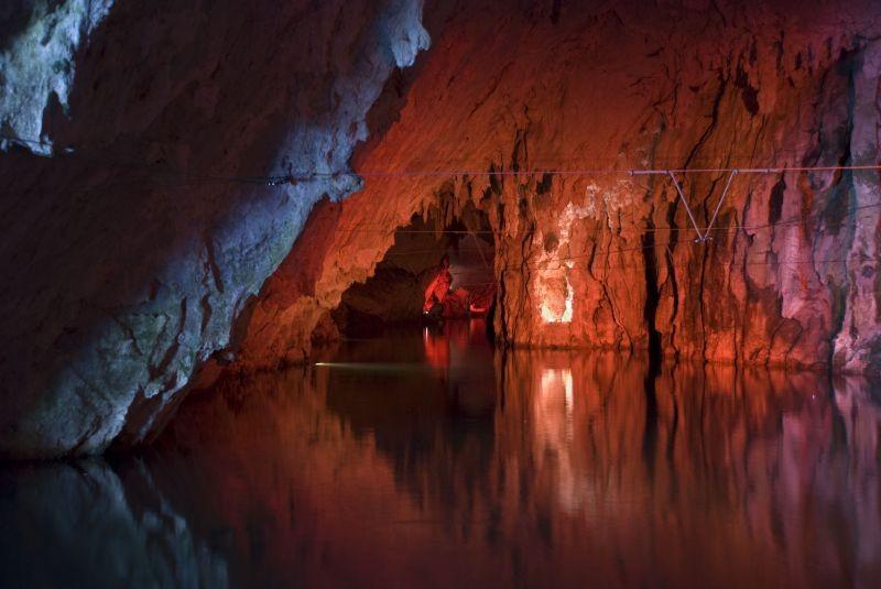 Locandina Grotte di Pertosa e Auletta