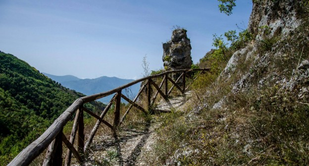 Le Grotte dei Saraceni - Percorso Trekking