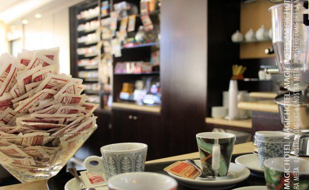Foto caffe e quotidiano