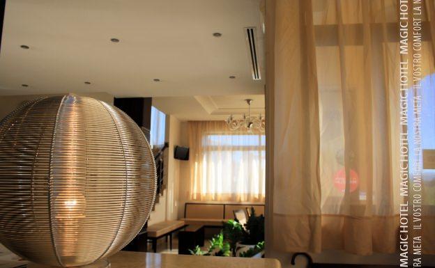 Foto sala relax reception magic hotel