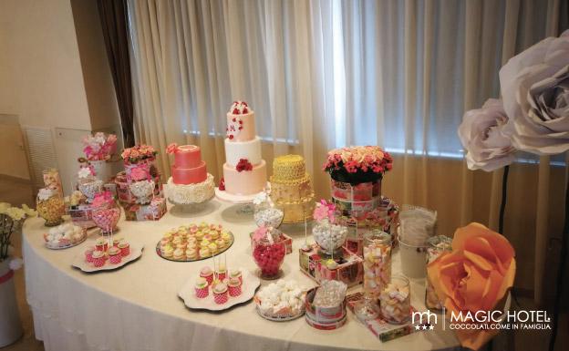 Foto feste di compleanno torte al magic hotel atena lucana