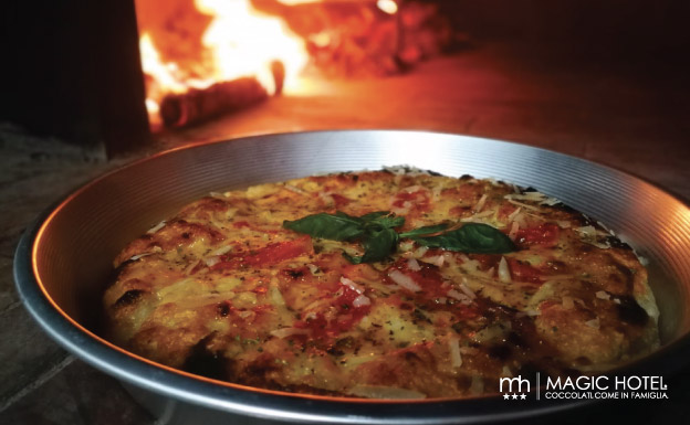 Foto pizza nda u ruoto giovedì sera alla pizzeria magic di atena lucana